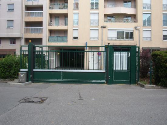 Portail et portillon rue Saint Antoine